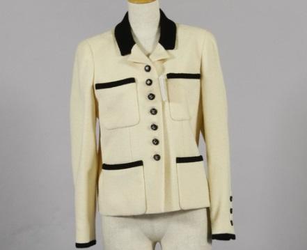シャネル 古いジャケット