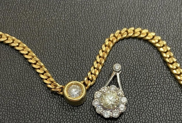 切れてしまったダイヤのペンダントとダイヤ喜平ネックレス