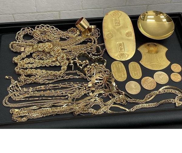 金の小判や昔のコイン、家の蔵から出てきた金のアクセサリーなどまとめて買取