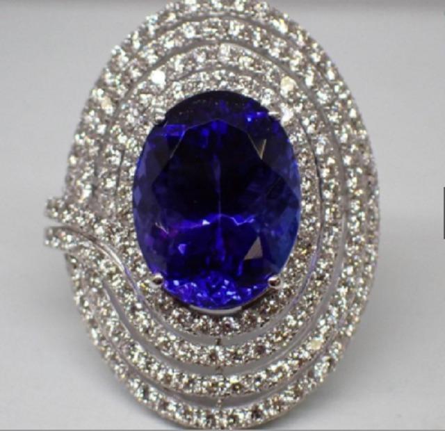 K18WG  タンザナイト12.53ct  ダイヤモンド2.76ct  13.6g  #14号